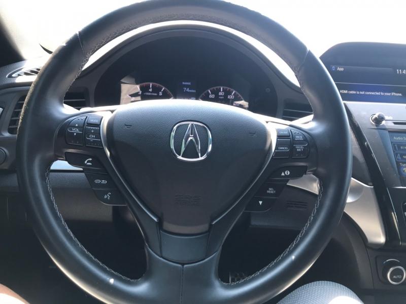 Acura ILX 2018 price $18,925
