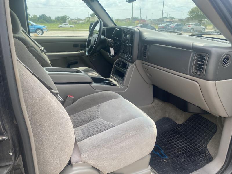 Chevrolet Suburban 2004 price $1,500 Down