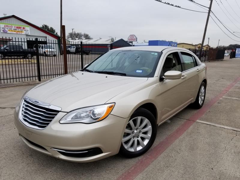 Chrysler 200 2014 price $4,500