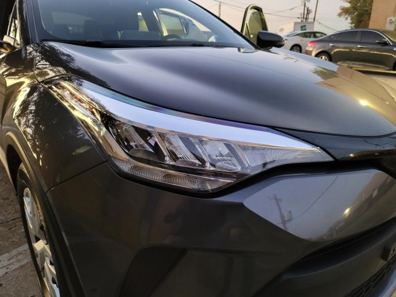 Toyota C-HR 2020 price $16,999