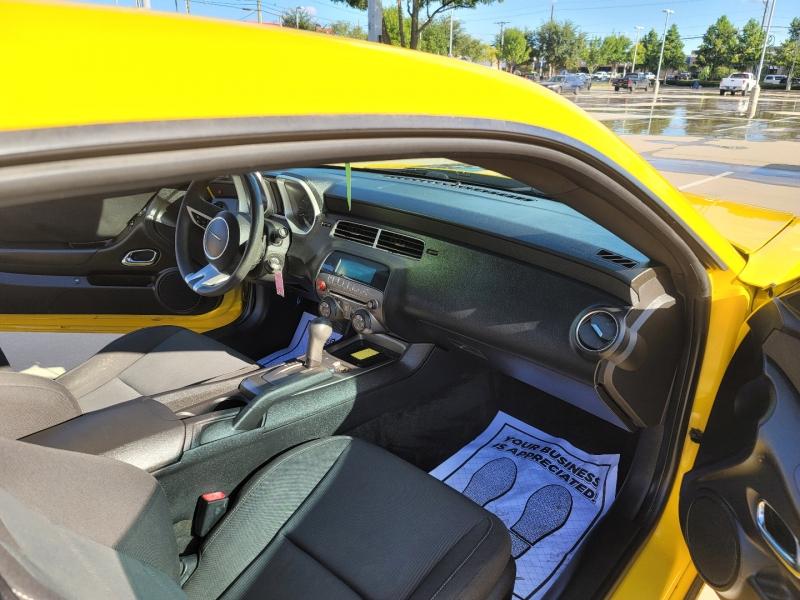 Chevrolet Camaro 2010 price $10,999 Cash
