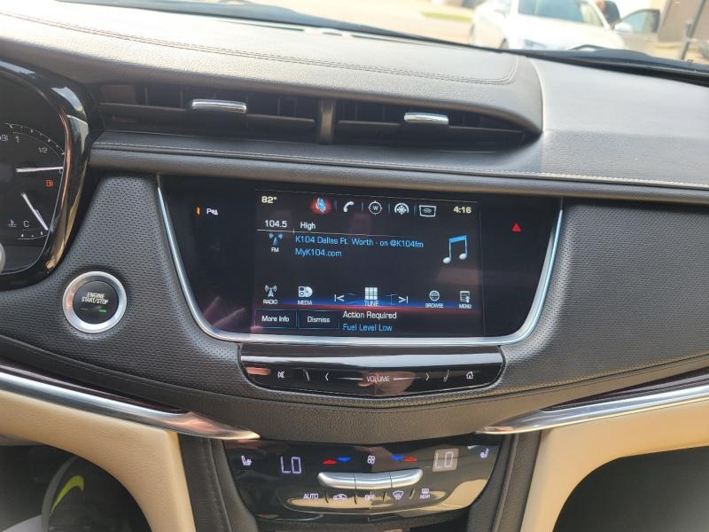 Cadillac XT5 2017 price $19,999 Cash