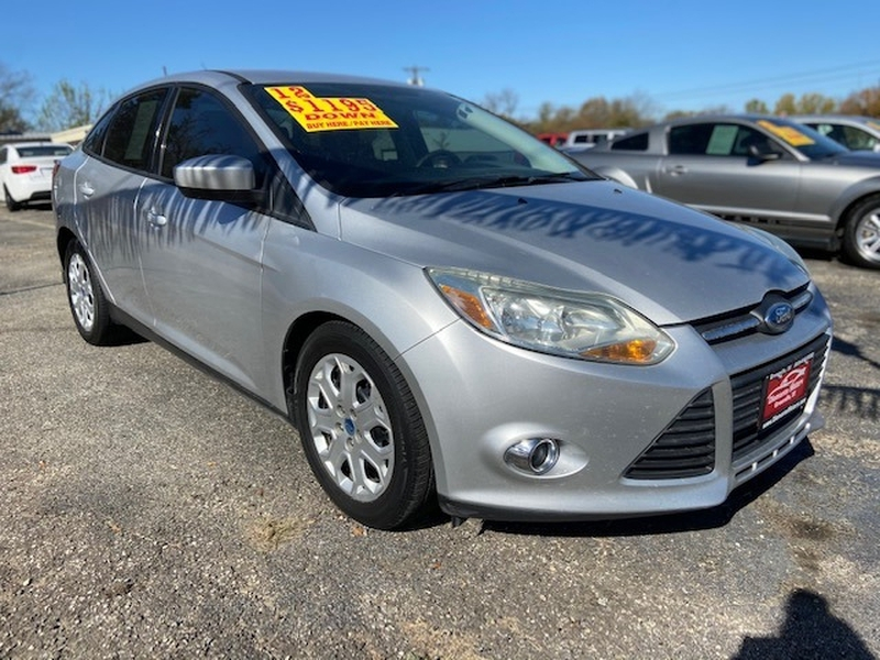 Ford Focus 2012 price $995 Down