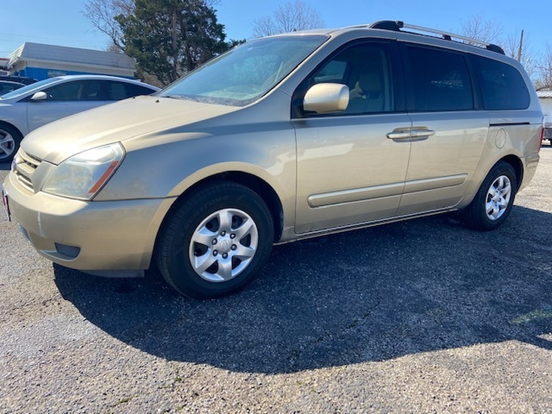 Kia Sedona 2008 price $900 Down