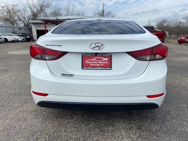 Hyundai Elantra 2016 price $1,500 Down