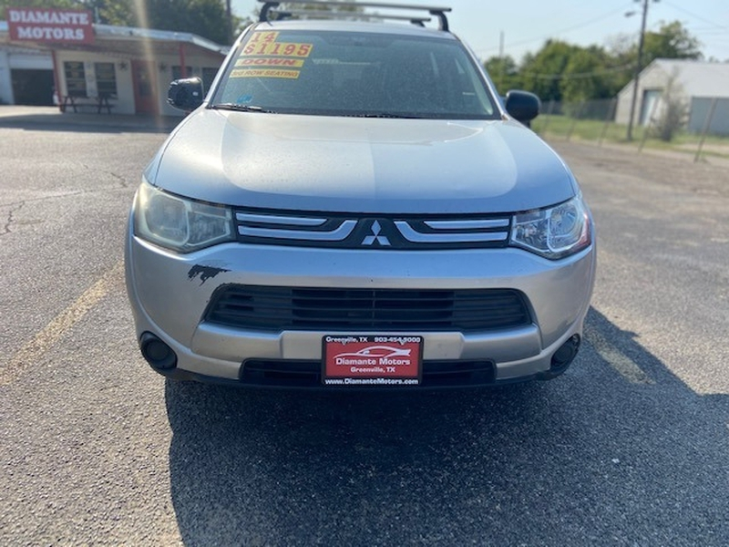 Mitsubishi Outlander 2014 price $1,200 Down