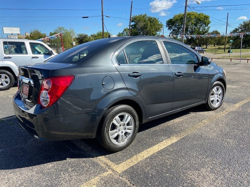 Chevrolet Sonic 2015 price $900 Down