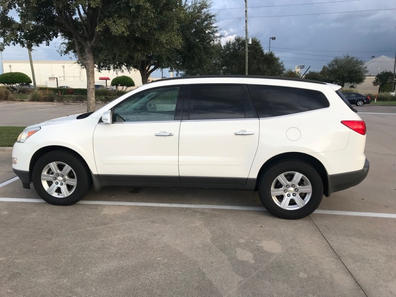 CHEVROLET TRAVERSE LT 2012 price $6,495
