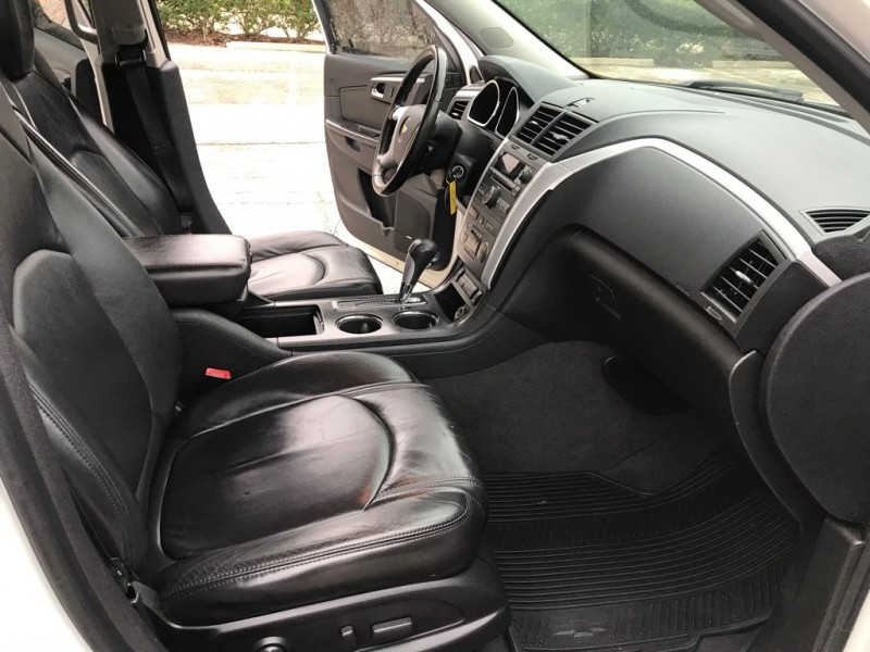 CHEVROLET TRAVERSE 2012 price $7,495