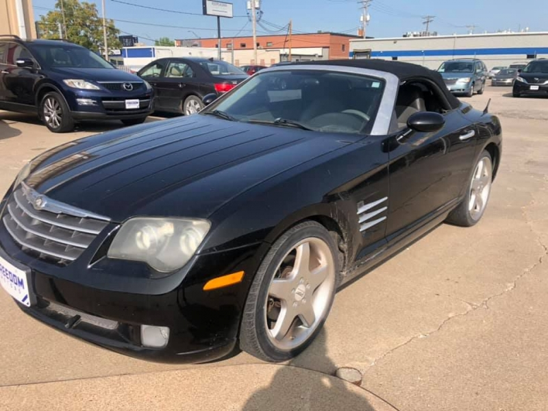 CHRYSLER CROSSFIRE 2005 price $5,999