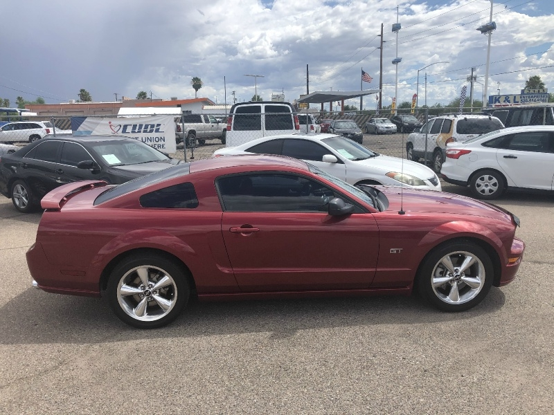 Ford Mustang 2006 price $10,495