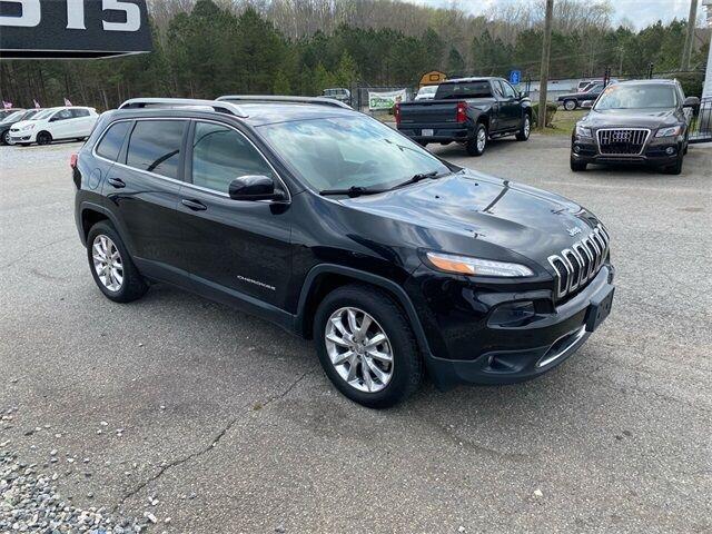 Jeep Cherokee 2015 price $12,980