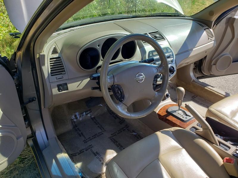 Nissan Altima 2004 price $3,995