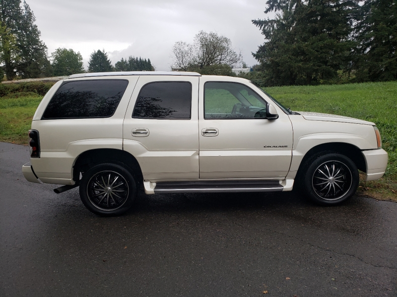 Cadillac Escalade 2003 price $5,995