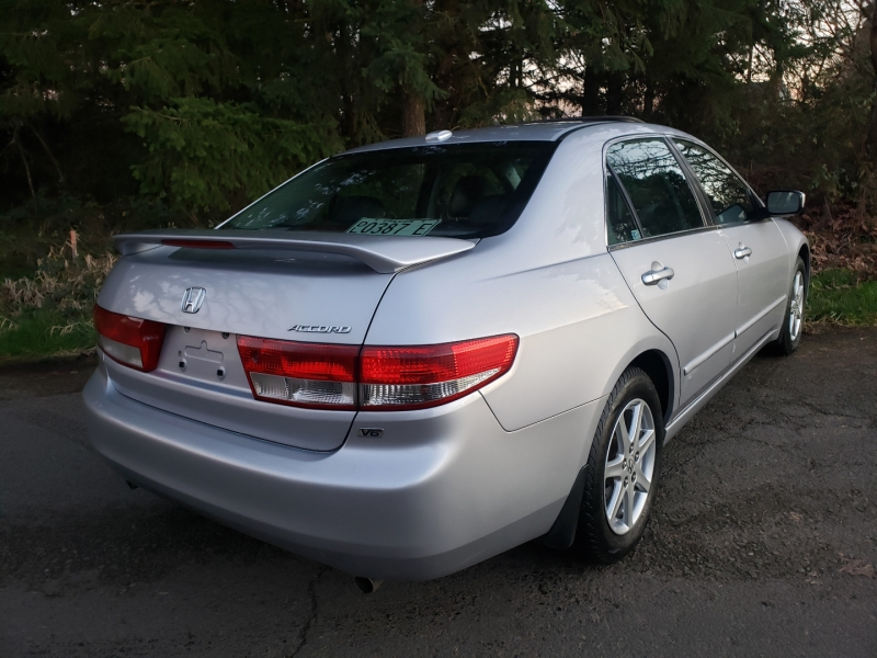 Honda Accord 2004 price $5,995