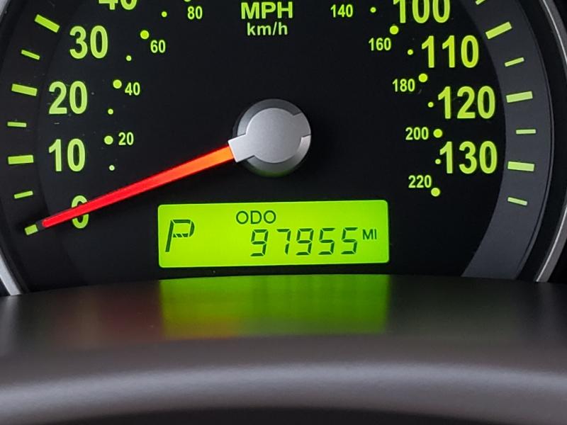 Kia Sedona 2010 price $7,195