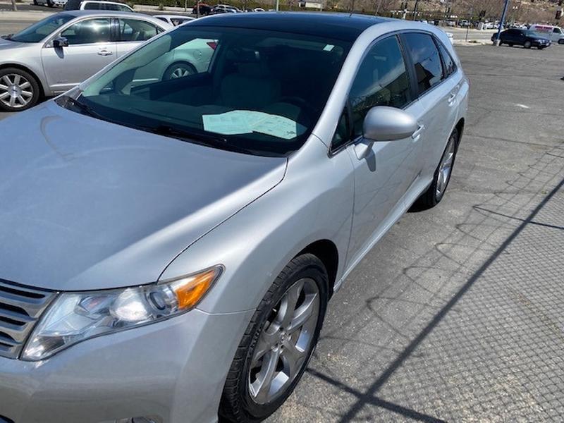 Toyota Venza 2010 price $11,995