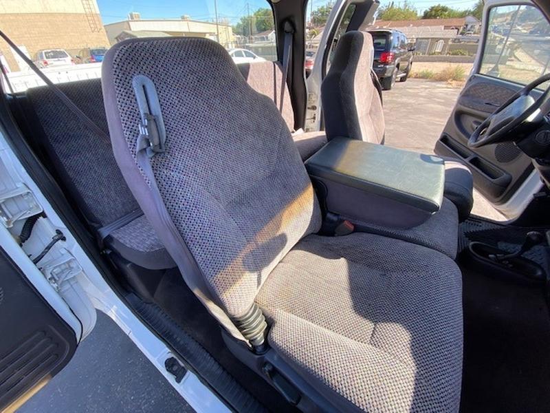 Dodge Ram 1500 2001 price $5,995