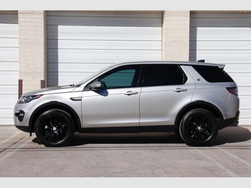 Land Rover Discovery Sport 2017 price $23,900