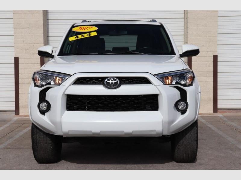 Toyota 4Runner 2017 price $28,900