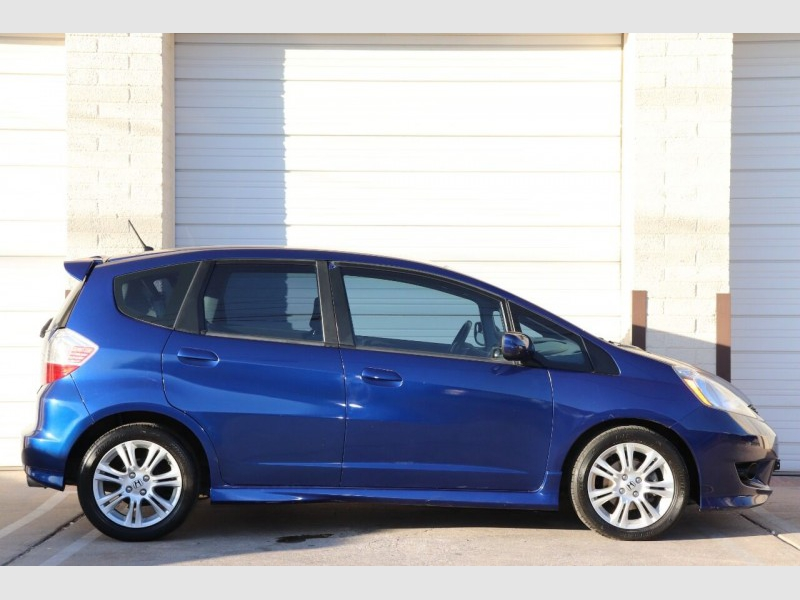 Honda Fit 2009 price $6,900