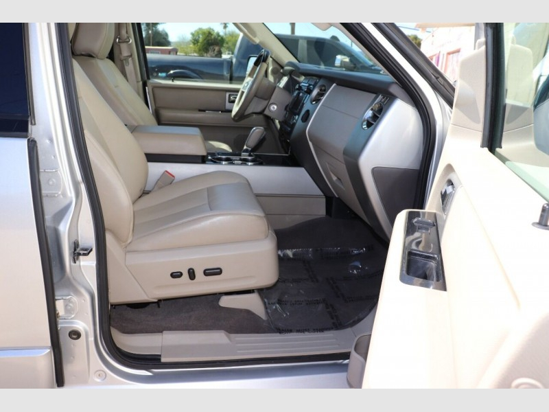 Ford Expedition EL 2011 price $12,900