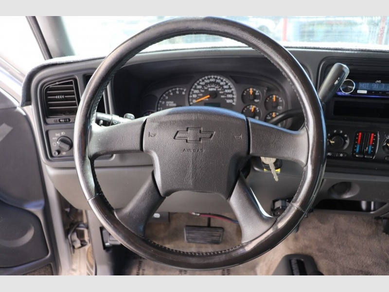 Chevrolet Silverado 2500HD 2004 price $16,900