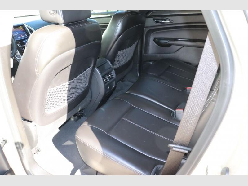 Cadillac SRX 2014 price $15,900