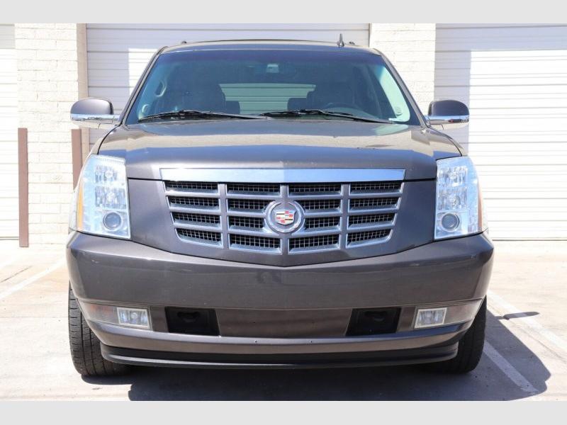 Cadillac Escalade 2010 price $18,900