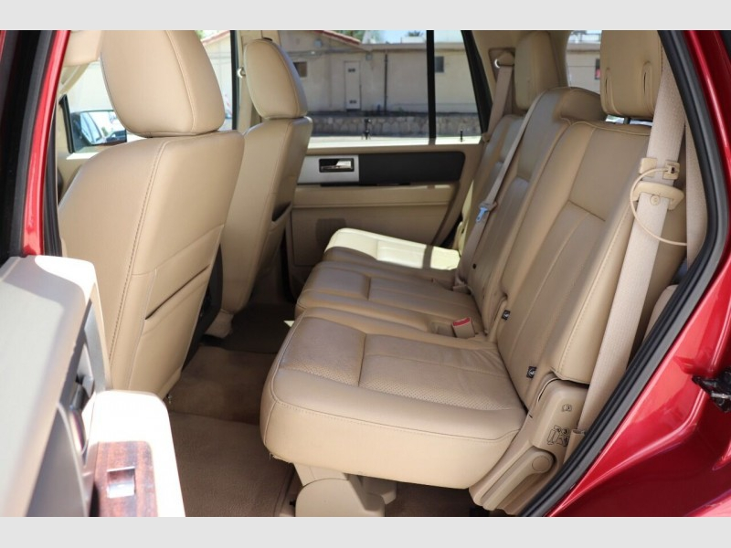 Ford Expedition 2014 price $17,900