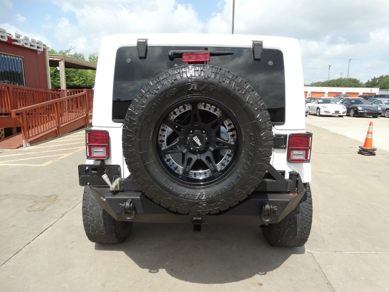 Jeep Wrangler Unlimited 2015 price $29,995