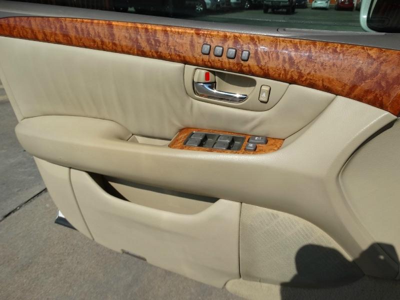 Lexus LS 430 2006 price $9,995