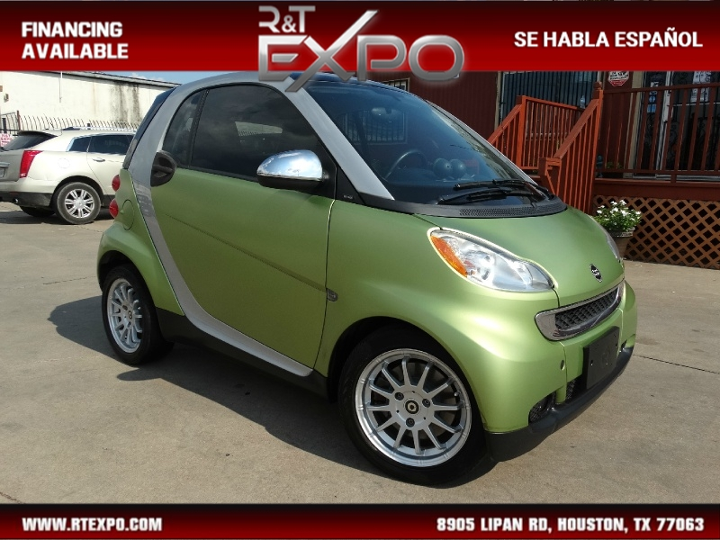 Smart fortwo 2011 price $5,495