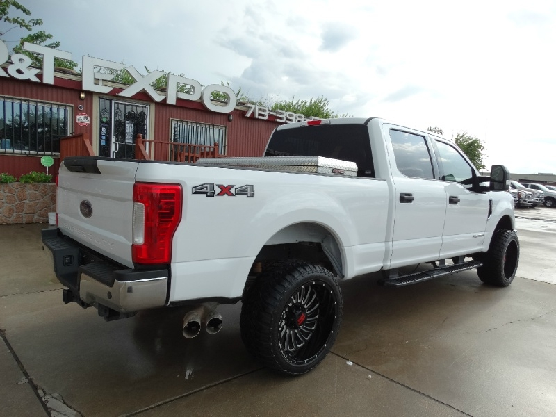 Ford Super Duty F-250 2019 price $41,995