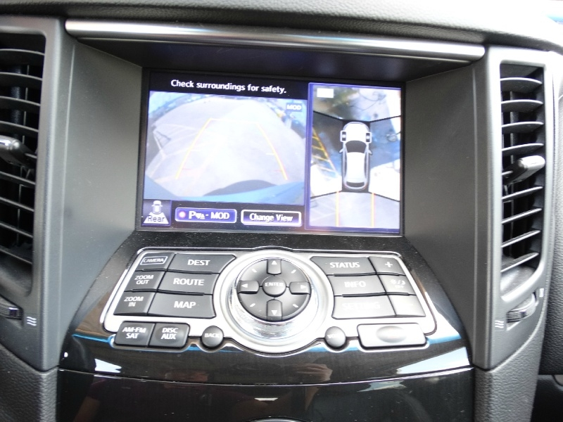 Infiniti QX70 2015 price $24,995