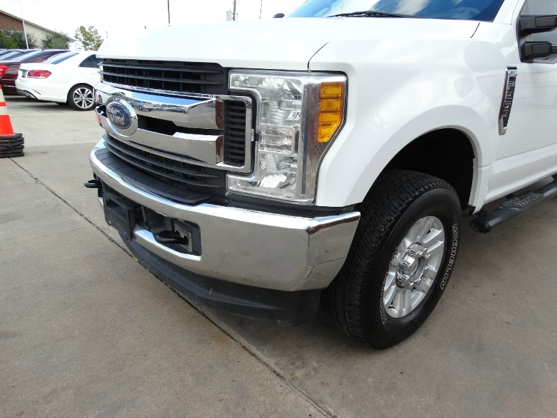 Ford Super Duty F-250 2017 price $28,995
