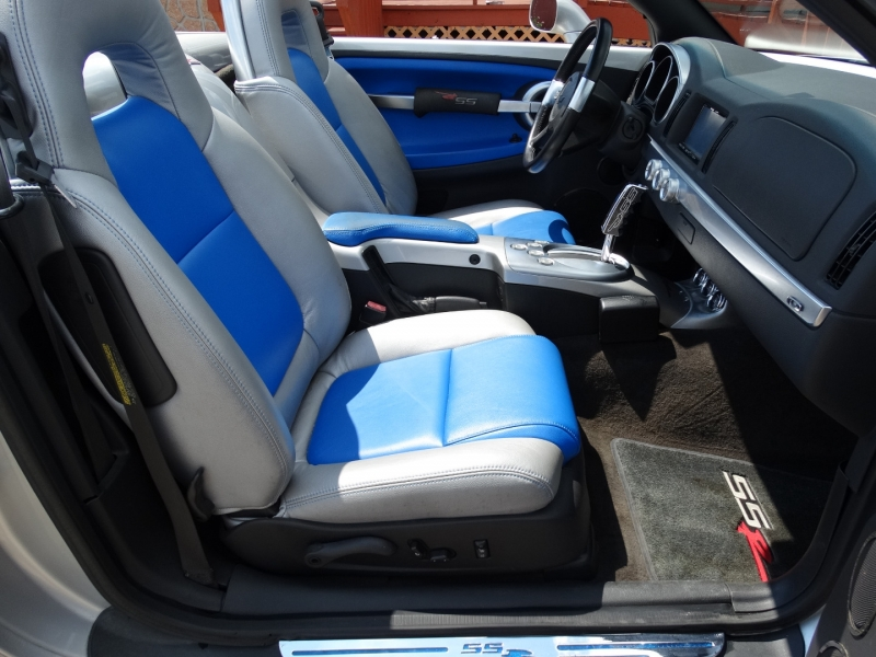 Chevrolet SSR 2005 price $19,995