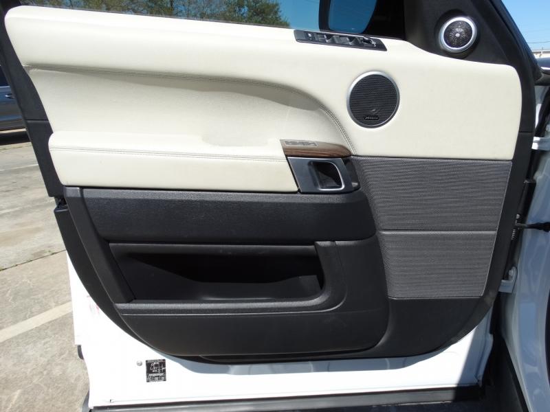 Land Rover Range Rover Sport 2015 price $42,995