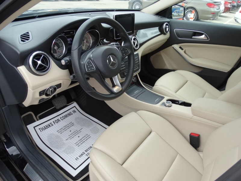 Mercedes-Benz GLA 2016 price $19,995