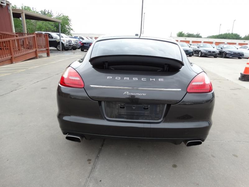 Porsche Panamera 2012 price $31,995