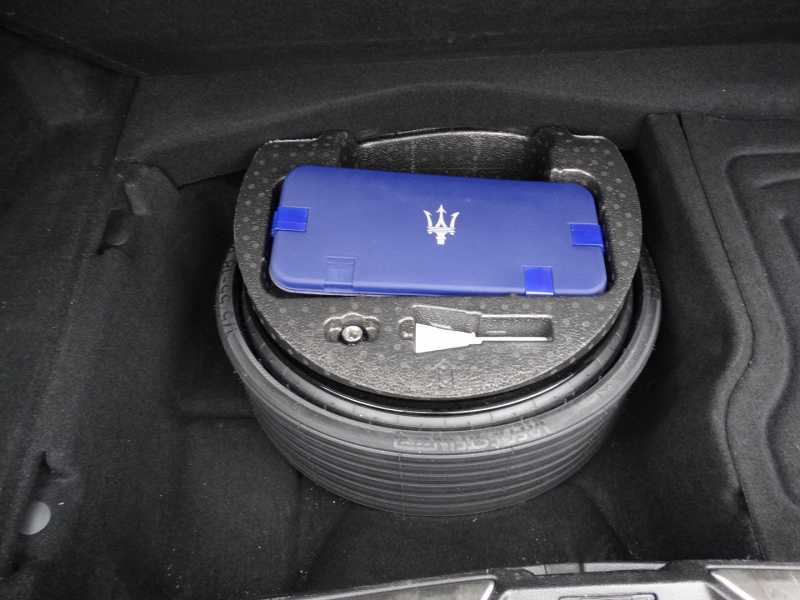 Maserati Quattroporte 2014 price $31,995