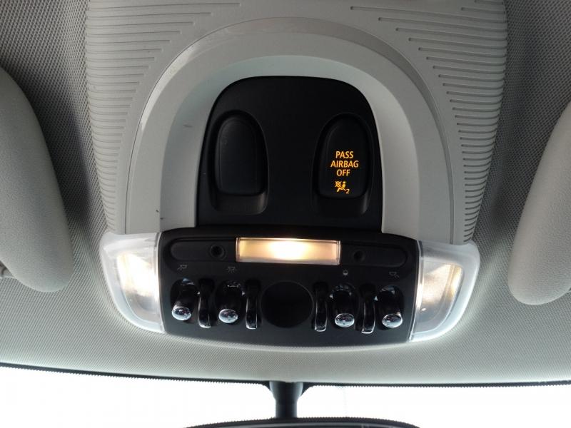 Mini Cooper Hardtop 2016 price $16,995