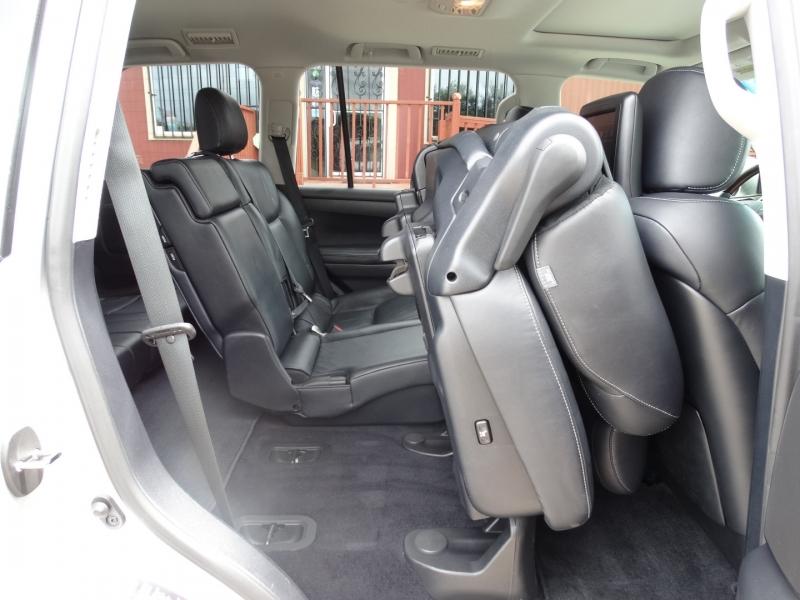 Lexus LX 570 2013 price $35,995