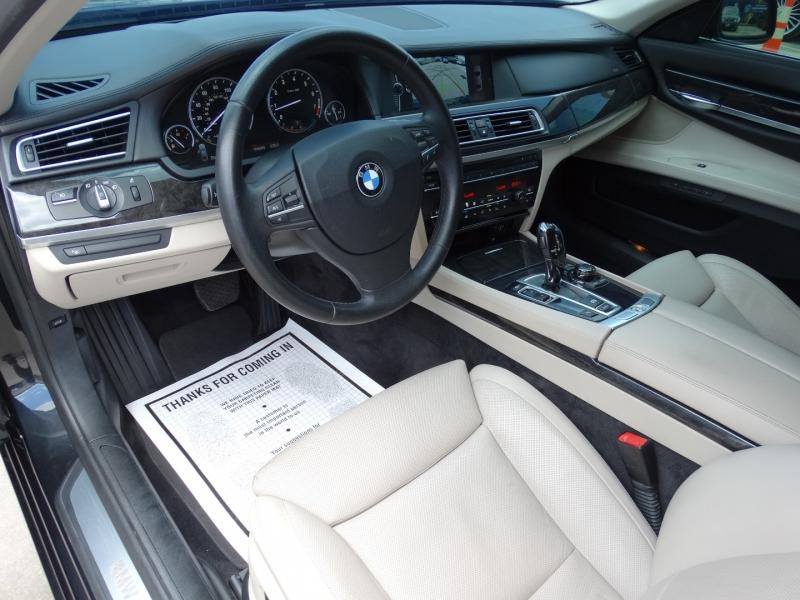 BMW 7-Series 2011 price $14,995