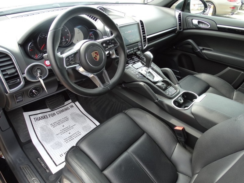 Porsche Cayenne 2018 price $44,995