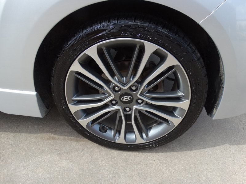 Hyundai Veloster 2016 price $17,995