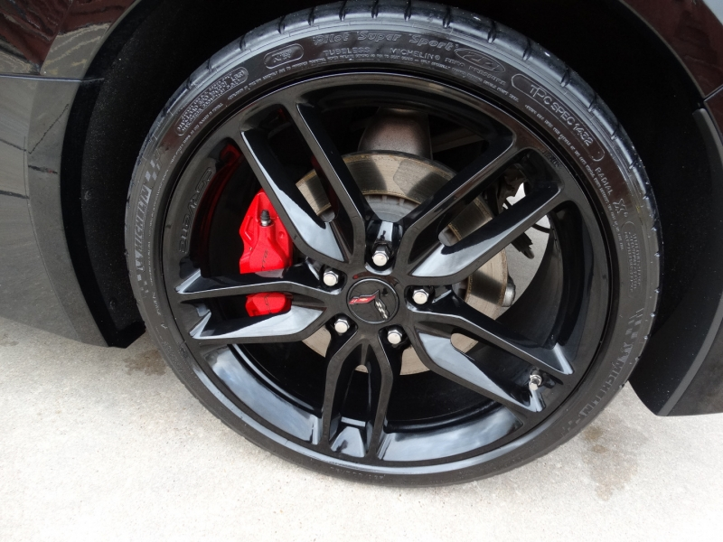 Chevrolet Corvette 2019 price $51,995