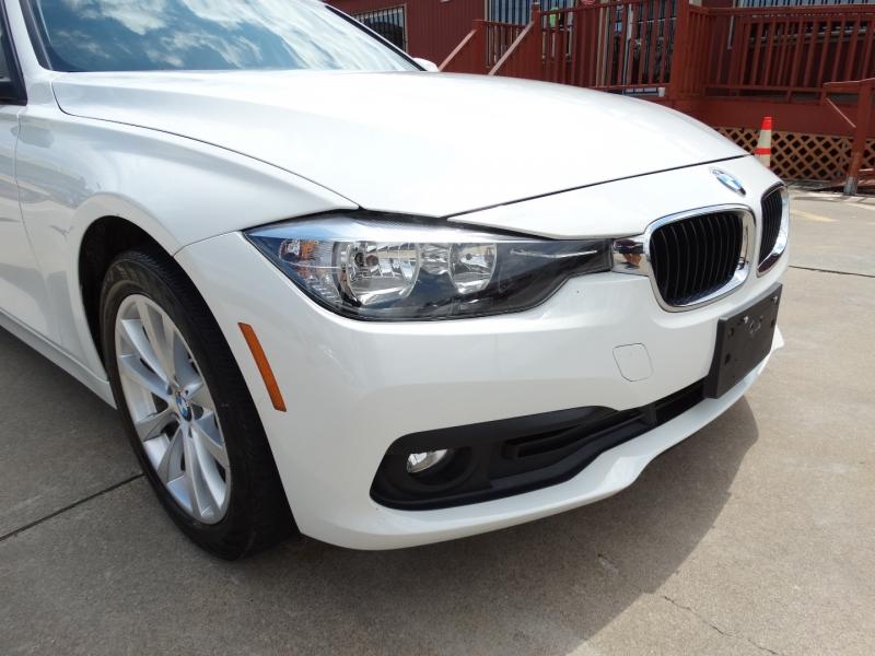 BMW 3-Series 2016 price $15,995