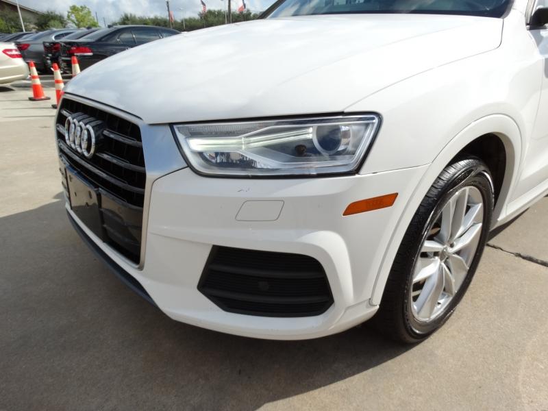 Audi Q3 2017 price $19,995
