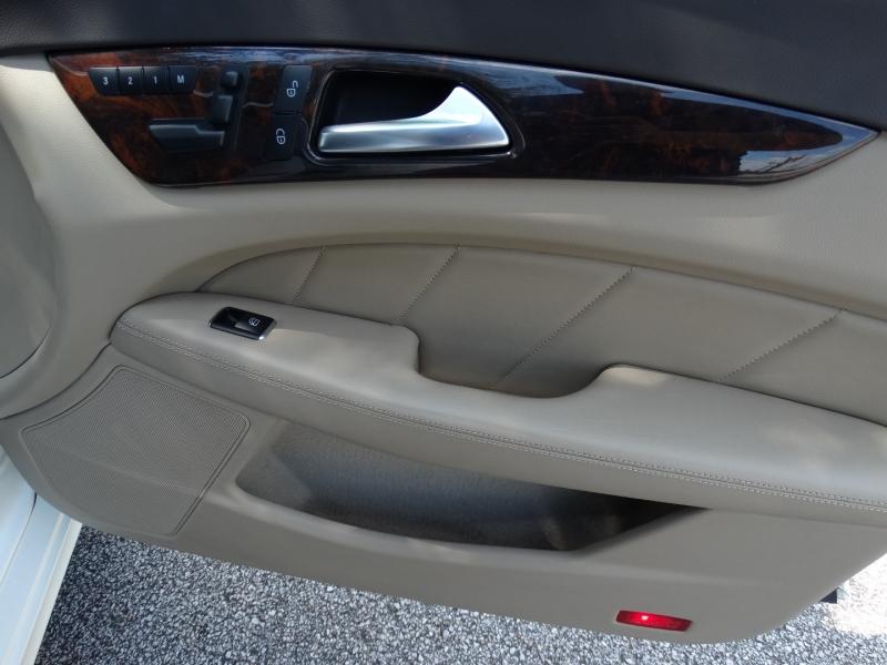 Mercedes-Benz CLS-Class 2013 price $29,995